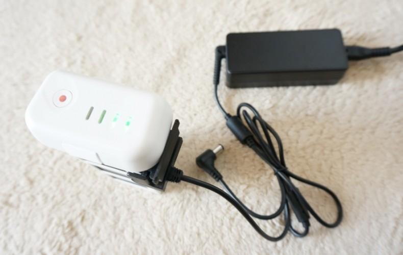 Phantom3のバッテリーとリモートコントロールの同時充電は非推奨。