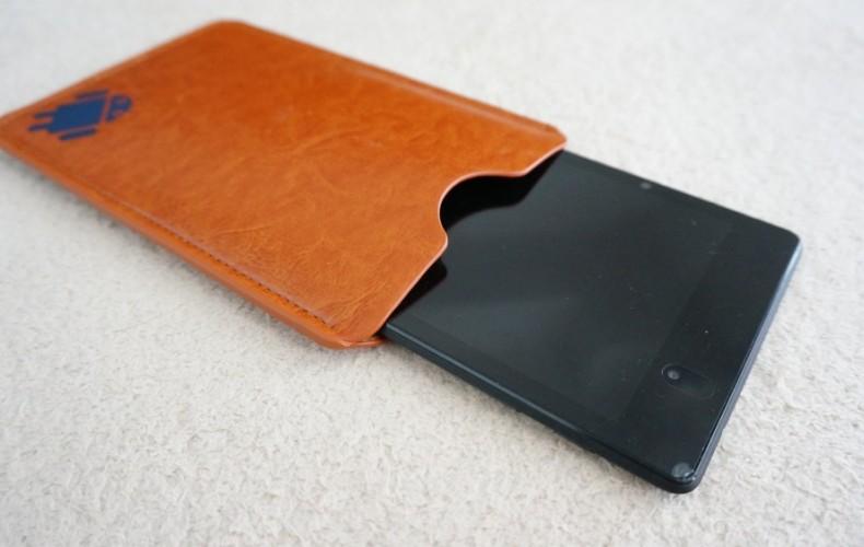 もっと早く、Google Nexus 7 レザーケースを220円で買うべきだった。
