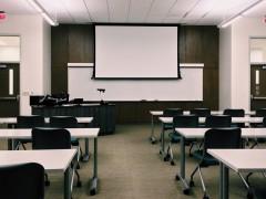 そのドローンスクールは技能認証ある?料金比較する前に、価値を確認すべきこと。