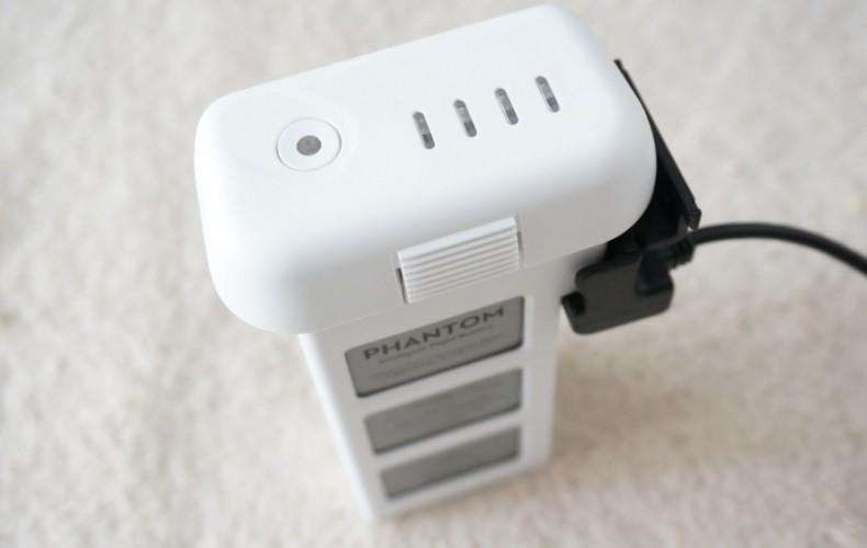 Phantom3のバッテリー充電時間はどのくらい?