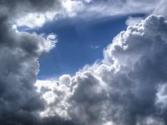 天気に踊らされない!ドローン飛行に役立つ天気予報サイト。