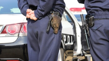 ドローン飛行時に「警察に事前通知・連絡」するか否かの判断方法とは?